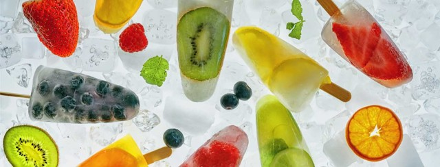 How to make hydrating fruit-infused ice popsicles at home image