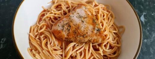 Low Residue Herb-Marinated Tuna Steak and Spaghetti image